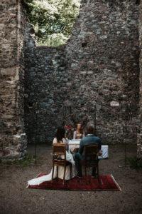 Trauung in der alten Kirchenruine, Oberaudorf, Hopfgarten, Alte Schmiede, Kitzbühel, Hochzeit, Vintage,